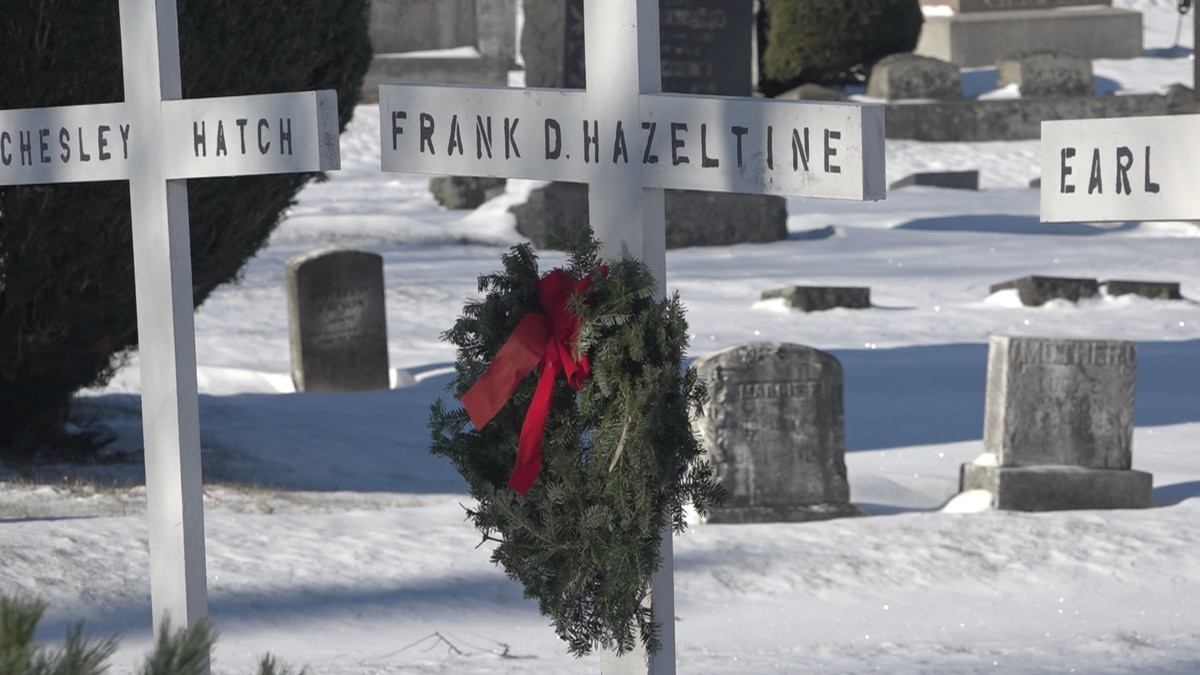 A wreath hung by the VFW in Grove Cemetery.