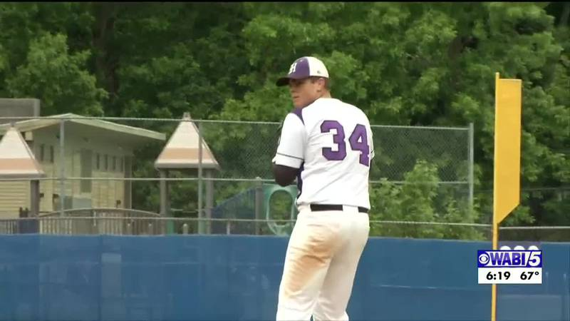 McKenney to sign MLB contract with Philly