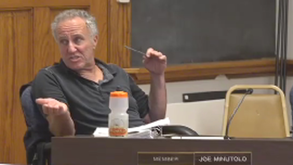 Joe Minutolo discussed the impacts of cutting back on cruise ship tourism in Bar Harbor.