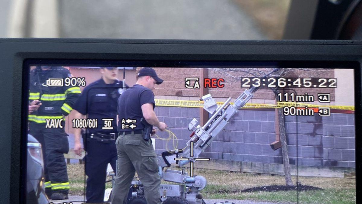 Bangor bomb squad on scene on Stillwater Avenue.