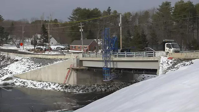 New bridge showcases composite material technology