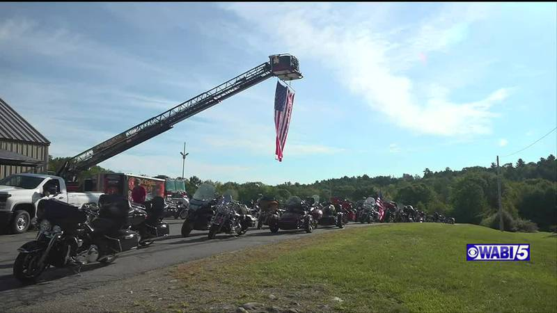 Retired firefighters honor victims of 9/11