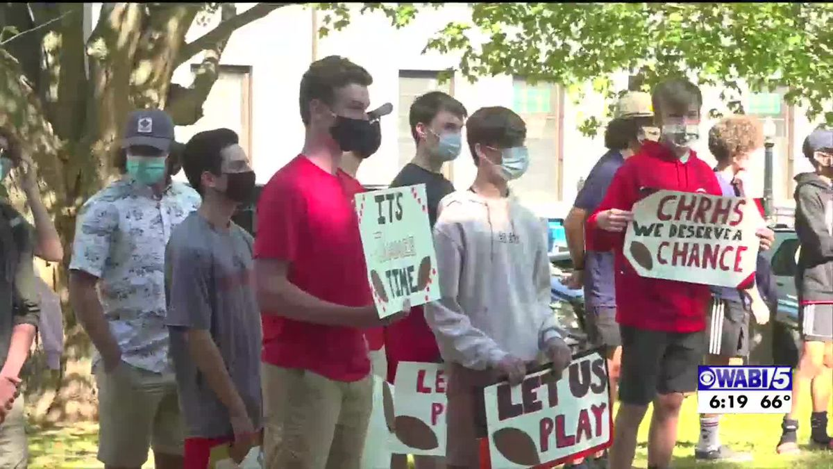 Camden Hills holds protest for school board to reinstate fall sports