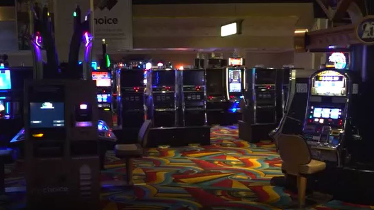 Hollywood casino oxford maine river rock casino vancouver bc