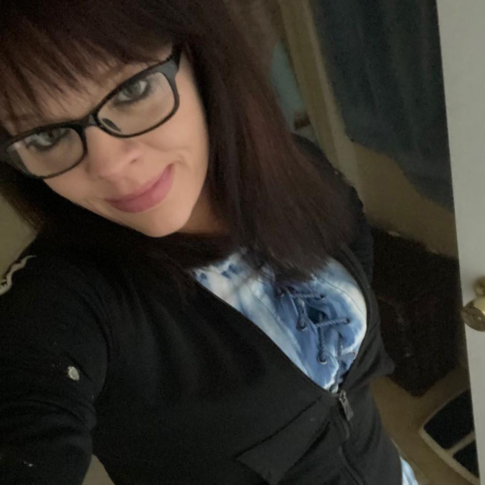 Sarah Caswell is described as a 33-year-old white woman, five feet and three inches tall, weighing 150 pounds, with black hair.